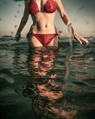summermood summer underwaterphotography sensuality royalsnappingartists fineartphotography greece fineartphoto infamous_family sensualdays rsa_main fineartphotographer greekphotographer