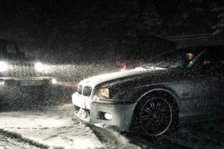 travelphotography canon mperformance bmw cars raw snow jeep canon5d photographer canonespaña canon📷 canoneos byn travelblogger motor photooftheday engine baw