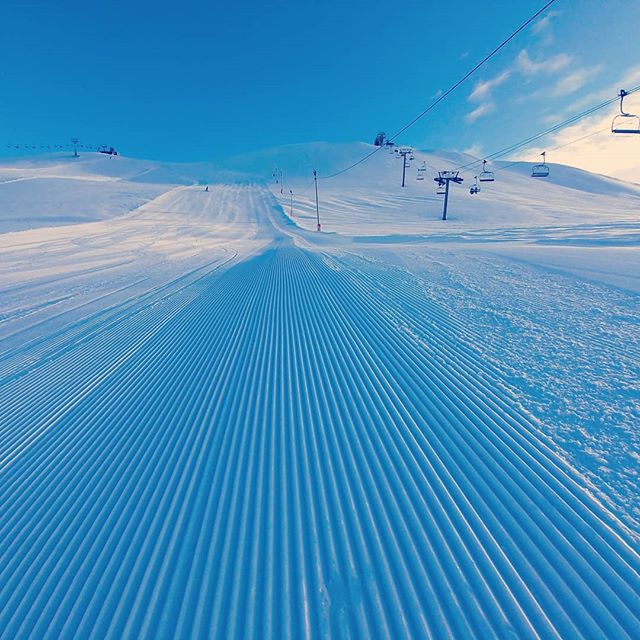 track blue mountains slope ocd snowboard