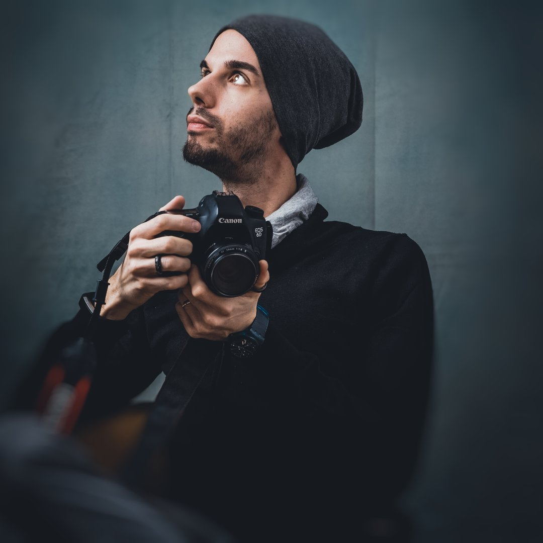 Avatar image of Photographer Oleg Magni