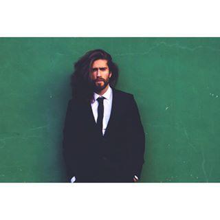 suit green barcelona