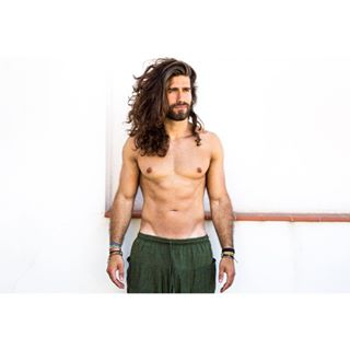 monday summer barcelona photography monkeyman color longhair green fotografia hairyman
