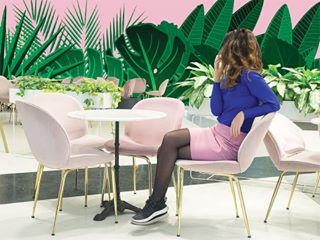 coffee design interiordesign mypinknology pink pinkcafe velvet velvetpants