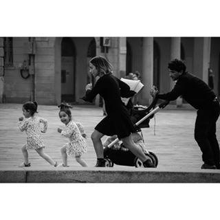 blackandwhite blackandwhitephotography bw italy milano streetphoto streetphotography