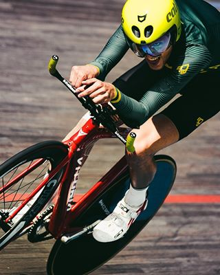 brazodehierro closeupshot cycling fixedgear trackbike trackcycling velodrome velodromhorta velodrommiquelpoblet velodromo