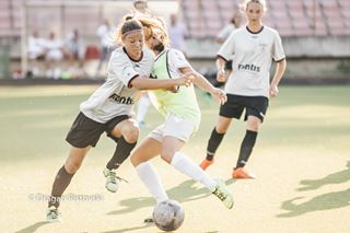 ball game soccer green female competition players womens action college kicking sport инстаграмџии team teamwork dribble play player professional football grass stadium instagraphytk playing league