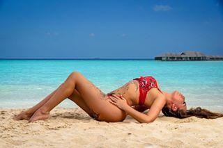 babesofinsta maldivesislands brunettemodel tattoowomen swimwearfashion tattoobabes
