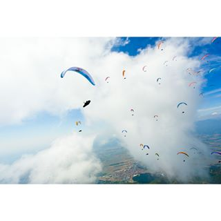 bulgaria bulgariaisawesome flyhigh flying mountain paragliders paragliding paraglidinglife paraglidingworldcup pwca redbullphotography skydiving sopot travel