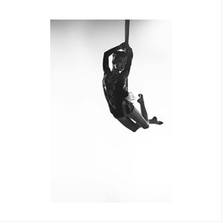 girls photographer dance fujifilm tbt people instalike throwback throwbackthursday fly photography beauty girl photooftheday move circus vsco instadaily picoftheday abstract xt1 instagood awesome vscocam cirquedusoleil polishgirl instamood monochrome dancing