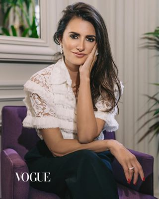 actress alexrosuphoto collection fashionphotographer happyaf jewelry lovemyjob novemberissue paris penelopecruz penélopecruz photographer portrait vogue vogueeditorial voguethailand