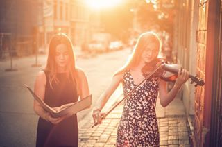 girls l4l golden summer passion eyes 50mm lightning teamcanon canon singer sun photographer onlocation style 6d germany sunlight nice violinist photography face look creative fashion street music naturallight warm