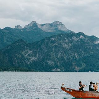 austrianwedding brassmusic austrianweddingphotographer belleandsass destinationaustria attersee weddingphotographyforrealpeople mountainwedding lakewedding