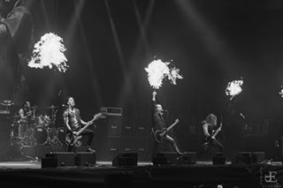 blackmetal concertphotography fire flames hellenicblackmetal livephotography petroselathan petroselathanphotography rottingchrist
