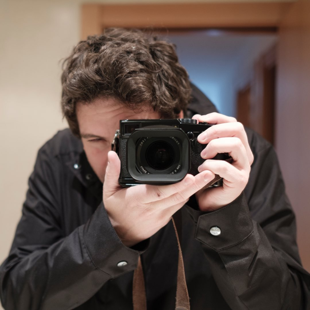 Avatar image of Photographer Esteban Mora