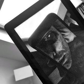 здраствуйпольшановыйгод warsaw poland фотожир покажитедоктору competition warsawpoland selfie blackandwhite bw photoart нуирожаутебяшарапов выспаться artphoto побриться artphotography