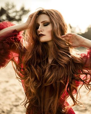dress ginger model sundown reddress expofilm ig_muse gntm pictureoftheday featurepalette marvelous_shots redhead couture redhair portraitinspiration photographysouls photoshoot wandering nature outdoor freckles sand
