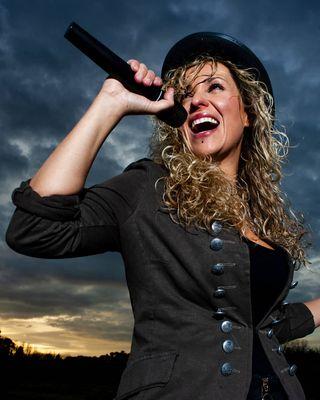 nikonnofilter nikon thanks picoftheday women rockperunoscatto rockandroll singer voice