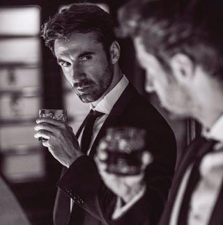 onthisday suit instablackandwhite blackandwhitephotography businessman mirror actorlife modelingagency youtalkingtome suitstyle