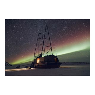 somewhere photography aurores hippomag arsarnerit memory fisheyelemag somewheremagazine travel boreale photographer night north souvenir aurora poetry grain greenland arctic liveauthentic