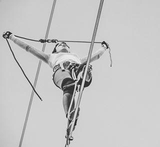 tightropewalker portrait tightrope nikon_z_mirrorless akademianikona photo circus artist nikonz6 photographers acrobat woman carnavalsztumistrzow artysta fotografia nikon_pl people sky photography igerspoland portraitphotography acrobatics lina nikonz6_z7 nikon lublin
