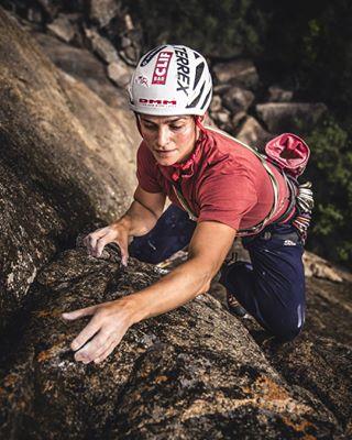 climbing_photos_of_instagram tradisrad climbing rockclimbing roamtheplanet exploreeveryday exploreafrica crackclimbing expedition climbing_worldwide zimbabwe tradclimbing climbafrica liveclimbrepeat climbingphotography climbing_pictures_of_instagram