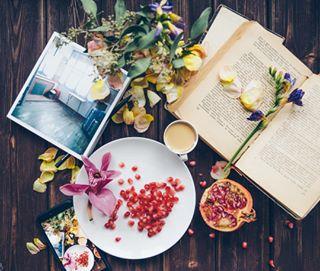 tv_fadingbeauty pomegranate spring mood tv_stilllife springmood morning book reading onthetable stilllife flatlay
