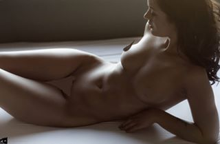 figurestudy instalike mkfeature instapic cgn perfectbody portraitphotography polishgirl availablelight torso instagood model insta beautyandboudoir musashimag uncoveredmagazin