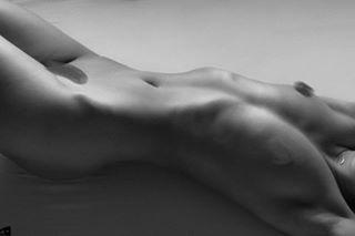 portraitphotography musashimag mkfeature cgn instalike perfectbody beautyandboudoir insta uncoveredmagazin model instapic polishgirl figurestudy blackandwhite availablelight instagood torso