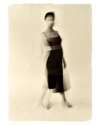 art artphoto_bw artphotography blurred blurredphoto bnw bnwcolor bnwphotography bnwpic bw fineart fineartphoto fineartphotography foto image monochrome photoart photography pic picture women