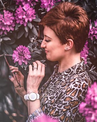 fotografberlin photoshop beauty polishgirl flowers fotografwarszawa flower fotografpoznan portraitphotography wonderland fotografia photography pink wonderwoman poznań portrait woman