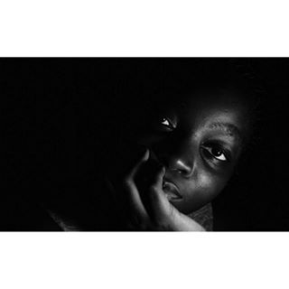 africa backgroung beautiful black lowkey photography photoshoot portrait shadow thinking white