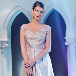 justjoking collection bridal oldie marry dress bjornkersten fewyearsago designer shoot hooray bride photograph diamonds