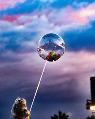 instapic f4follow baloons lights passion artistsoninstagram l4l polishgirl beauty poland colours sismilqa throwback photographer follow kidd sky instagood party night discopodgwiazdami aesthetic photography sunset