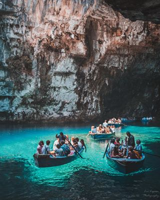 living_destinations melissanilake loves_greece_ welovegreece hello_worldpics travelblogger canon ionio traveldreamseekers couples topgreecephoto greece kefalonia kefaloniaisland travelgirls greece🇬🇷 ilovegreece darlingplaces discover_greece_ lia_lignou_photography wonderfuldestinations lovesgreece beautifuldestinations greecelover_gr wu_greece melissani myrtosbeach melissanicave bluewaters dametraveler
