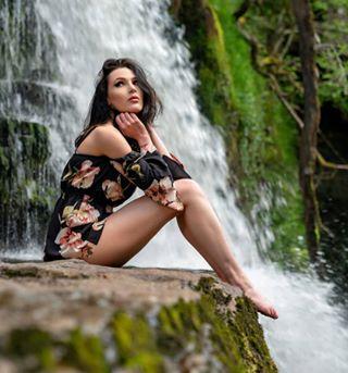 instamodel wales model modeling breconbeacons modelshoot fashionphotography beautifulwoman beautiful waterfall ukmodel