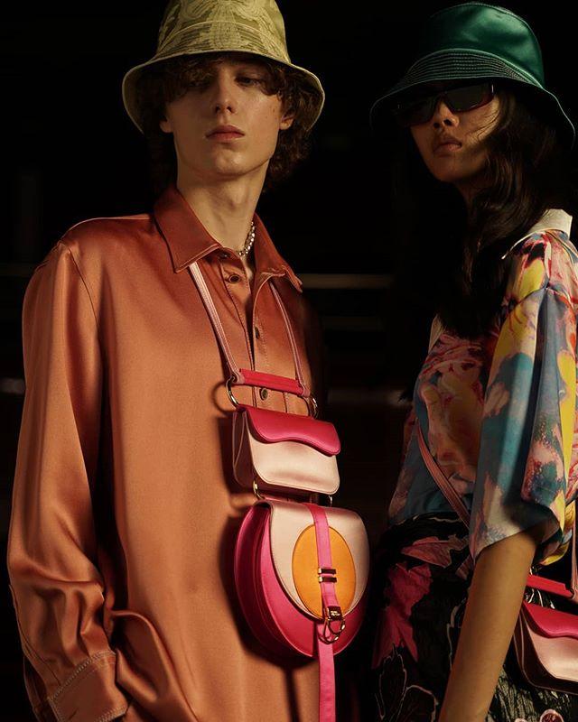 vougeukraine voguemexico vogueportugal milanfashionweek model vougeitalia editorial backstage fashionmagazine italianstyle vouge