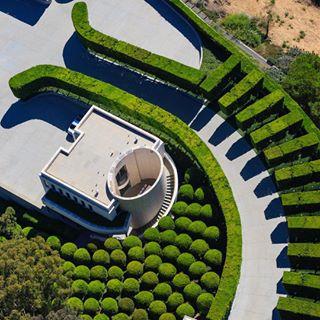 losangelesworld landscapedesign lagram ilovela aerialnews coolshots la beverlyhills streetphotography discoverla losangeles aerials losangelesphotographer architecture