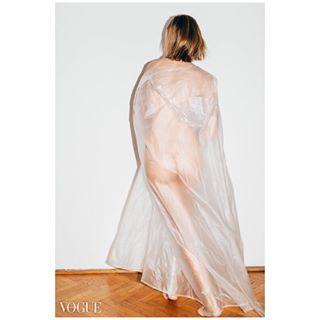 vogueitalia selfportrait spring raincoat girl dance fineart