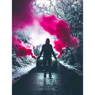 offriad cool photosession pink fog winter car red photography smoke photographer bulgarian snow lights bulgaria flare smokegranade instant