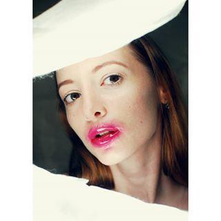 modelagency youandmodel beautyshoot photography magazine makeup studio portrait model light beautyphotography modeling