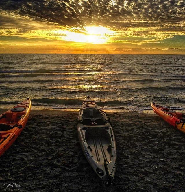 picoftheday comment followme kayaking sonyworldclub landscapeporn sunrise🌅 sunrise_sunset_photogroup corpuschristi color sunriseoftheday sunrise_pics sunrise corpuschristiphotographer sonya7riii landscapephotography outdoors corpuschristitx