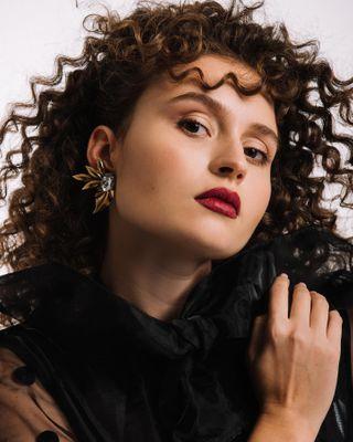 studio lookbook portrait amsterdam fotograaf curly clips fashion 80s
