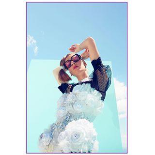 art harpersbazaar makeuptutorial blonde voguemagazine summer numerorussia fotodome fashionphotoshoot magazine model cocacola fashionblogger fashionphotography nyc art8ambygram modelos vogue fashion california makeupartist la blue broncolor outfit makeup hectorsocorro flower picoftheday