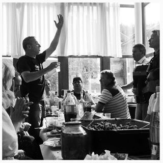 documentary bulgaria oldschool reportage party feast bansko