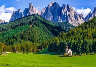 morning nature mountains nopeople landscapephotography outdoors dolomites travel church southtyrol italy