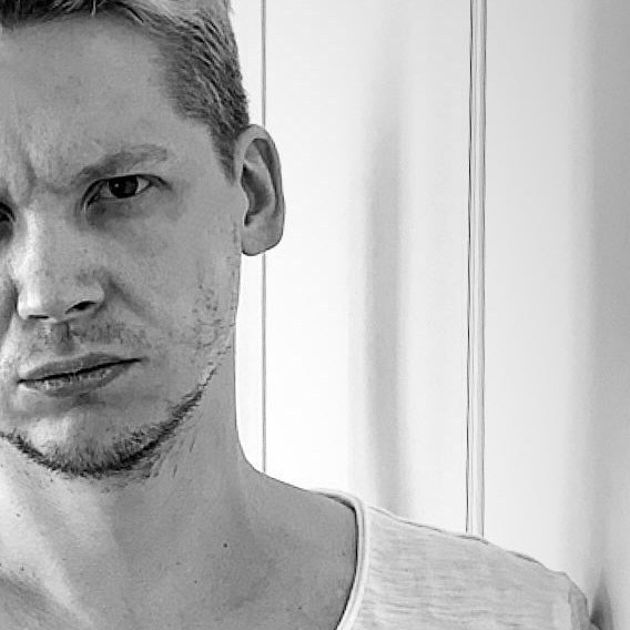 Avatar image of Photographer Vladimir Polo