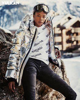vulkanmagazine photographercourchevel1850 fashioneditorial фотографвкуршевеле pullover fashioncourchevel fashionphotographerinmilan фотографкуршевель vulkan fashionphotographermilan courchevelphotographer milanphotographer style photographercourchevel courchevel jacket jeans outfit fashionphotographer fashionshooting fashionaltitude courchevel1850 milanfashionphotographer fashionmodel courchevelfashion vulkanmag photograpjerincourchevel
