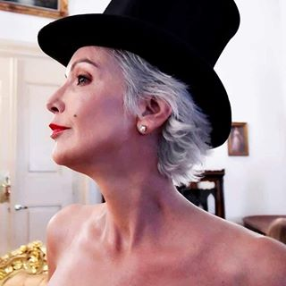greymodel photographer enjoythemoment modelafter50 oldermodel lovemyjob💕
