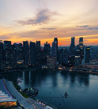 cityscape singapore vsco timeoff travel instatraveling shotoniphone mariabay shotoniphonexsmax photography instatravel view sunset