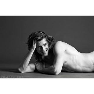 enmasculino charoguijarro conpiel portrait sensualidad fotografia